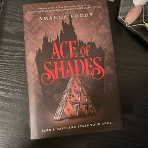 """Owlcrate Exclusive of """"Ace of Shades"""""""
